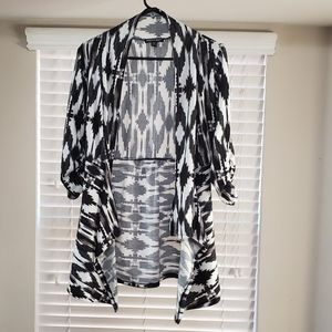 About A Girl Los Angeles, Cardigan Size XS